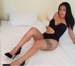 Anziza milf escorts Kearsley